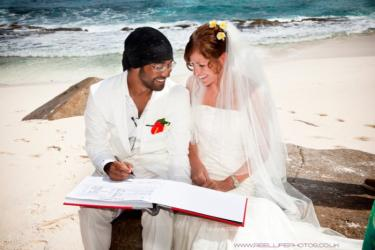 Beach wedding in the Seychelles
