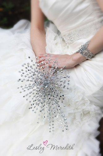 Crystal bouquets, the perfect wedding compliment
